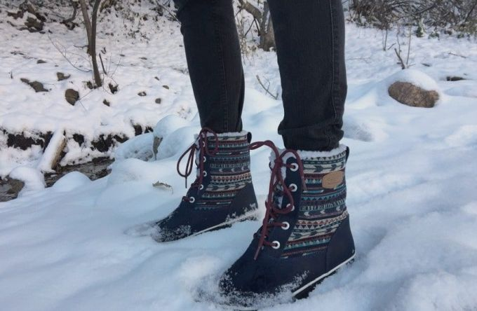 Image showing a woman wearing a pair of winter hiking boots
