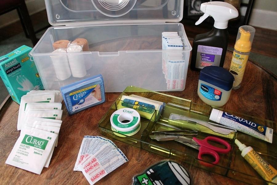 Make first aid kit