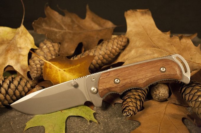 Survival knife handle