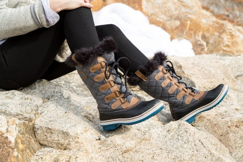 Best Winter Boots for Women of 2017: Prices, Buying Guide ...