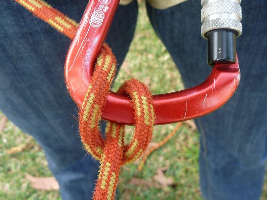 Munter hitch knot