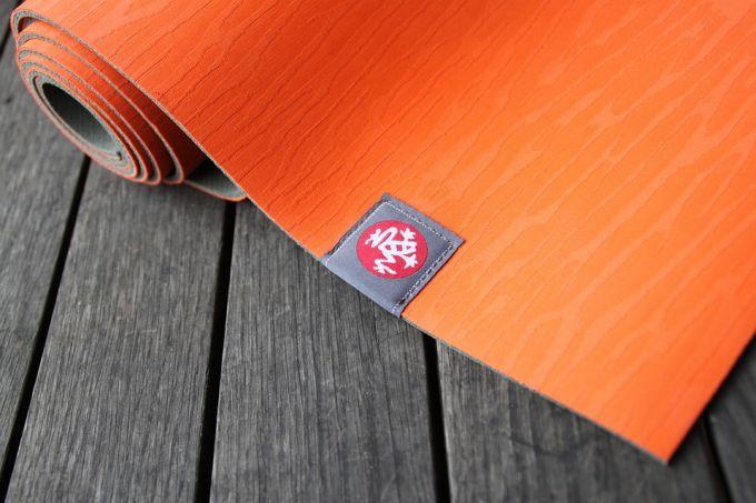 An orange yogamat