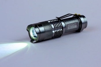 350 Lumen UltraBright Cree LED Tactical Flashlight