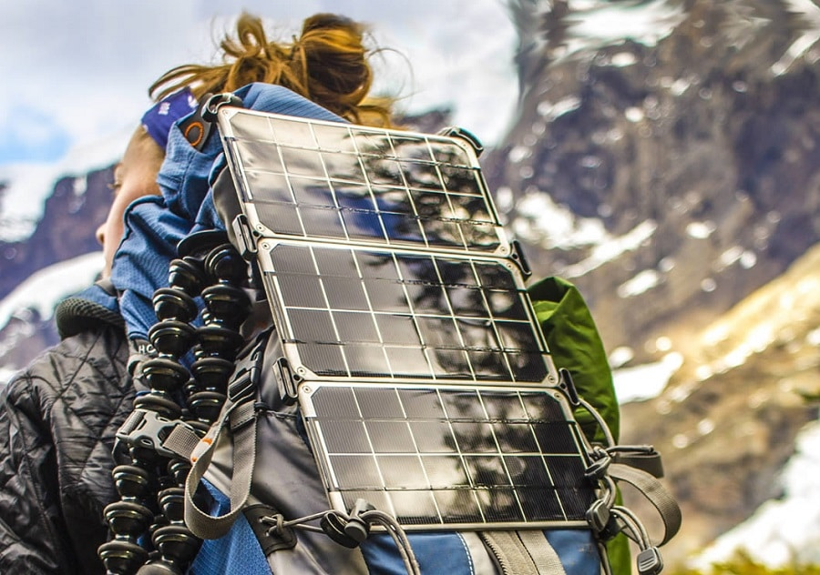 High-performance portable solar charger