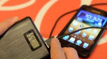 Limefuel LP200X USB External Battery Pack with Flashlight