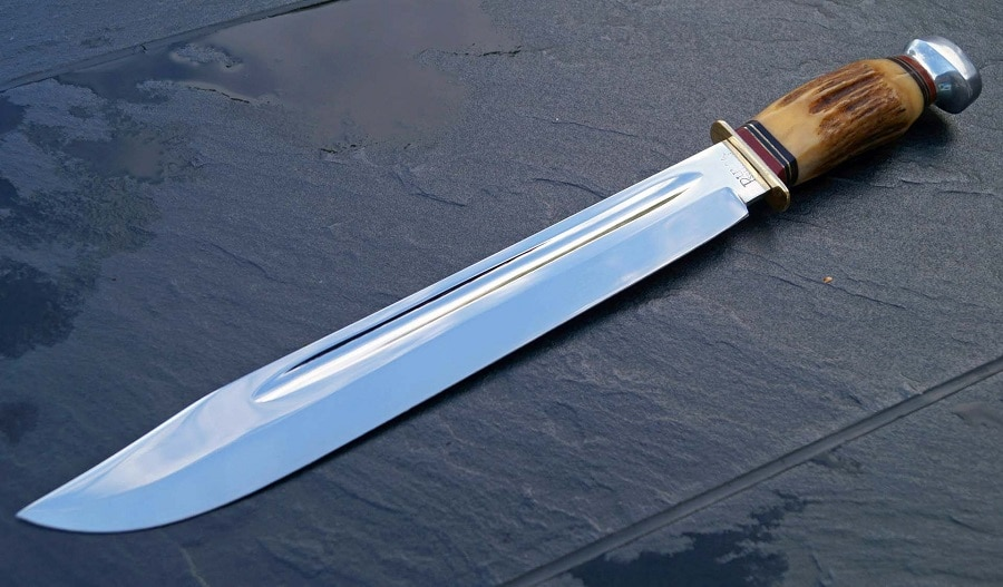 Long bowie knife
