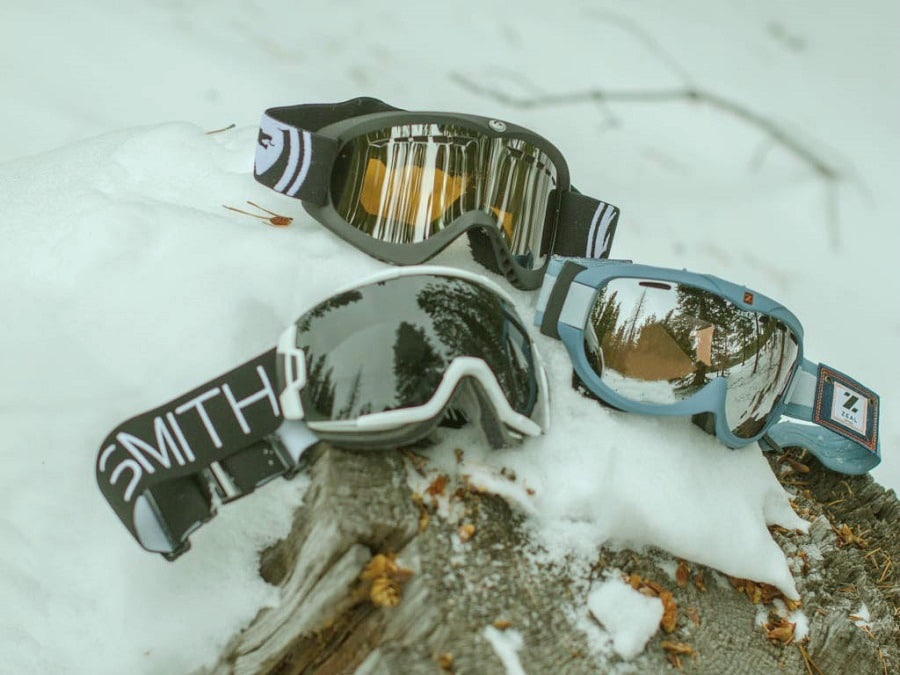 Ski goggles in the snow