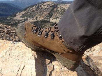 Vasque Men's St. Elias Gore-Tex Backpacking Boot