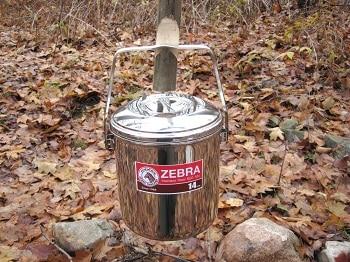Zebra Loop Handle Pot
