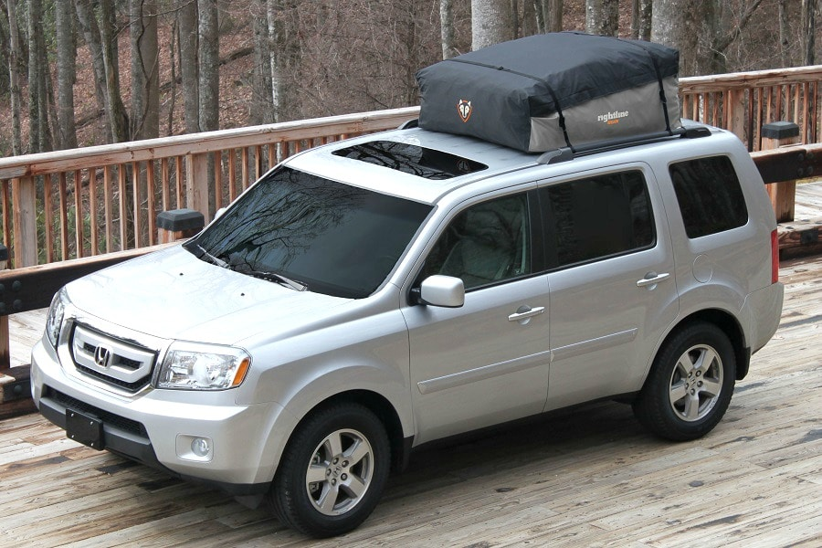 Car top carrier features