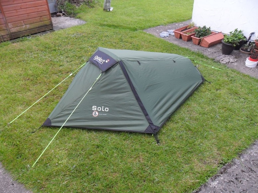 Double-wall solo tent