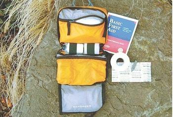 Lifeline Trail Light Dayhiker First Aid Kit