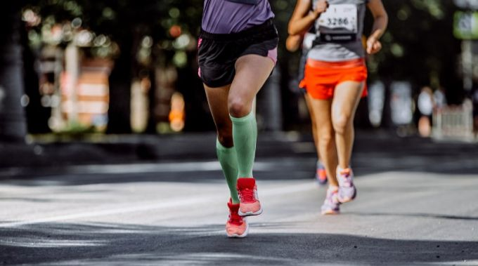 runner with compression socks
