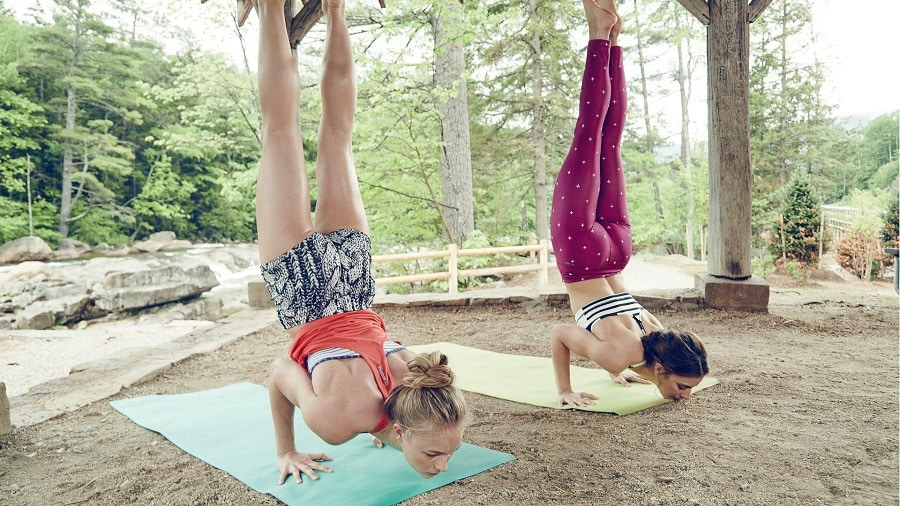 How to Choose A Yoga Mat: Shopping for The Best Mat for ...