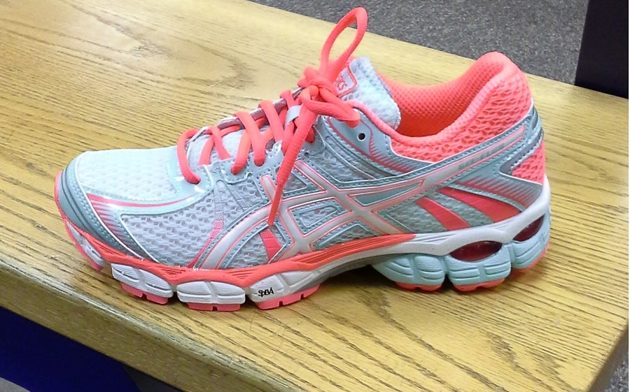 Asics shoes for women