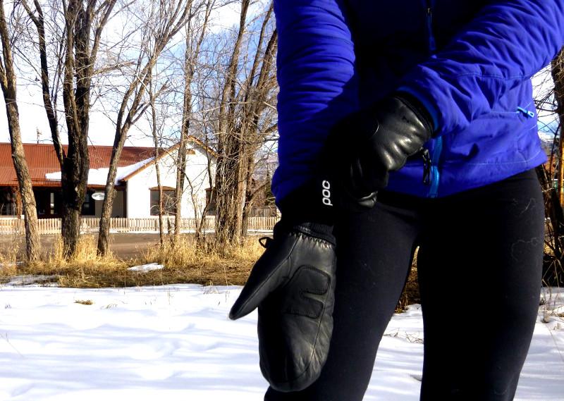 Choosing ski mittens