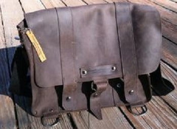 LEABAGS Oxford Genuine Leather Buffalo Messenger Bag