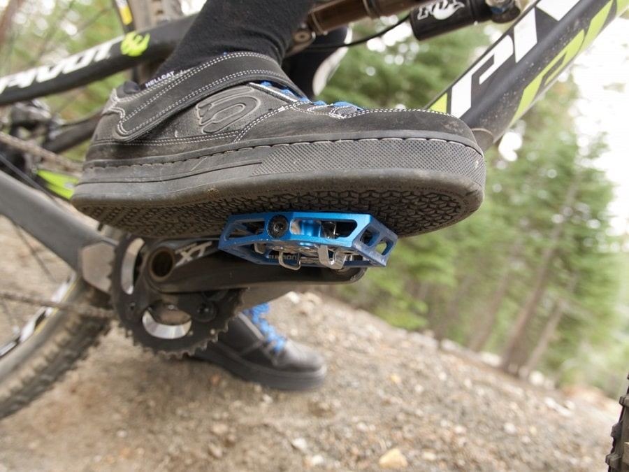 Platform vs. Clipless Pedals
