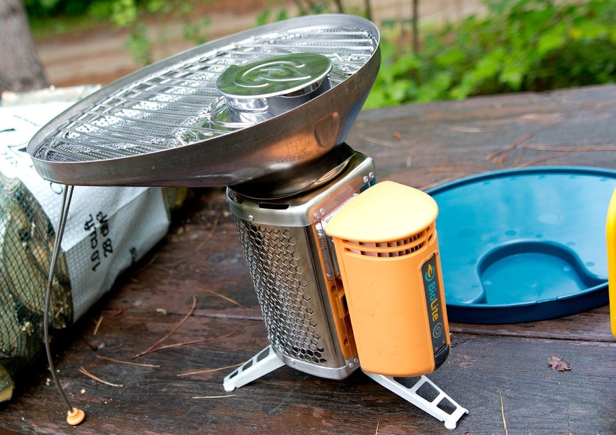 Portable grill with Heat control