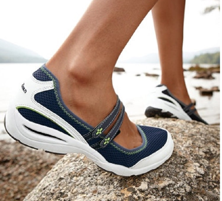 Best Shoes For River Walking