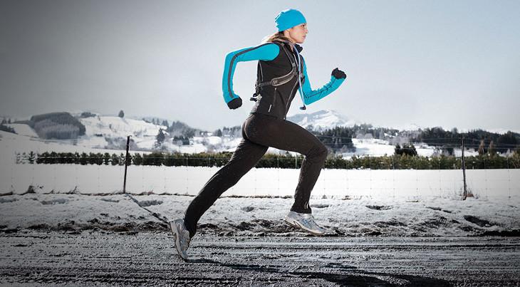 Wind resistant running jacket