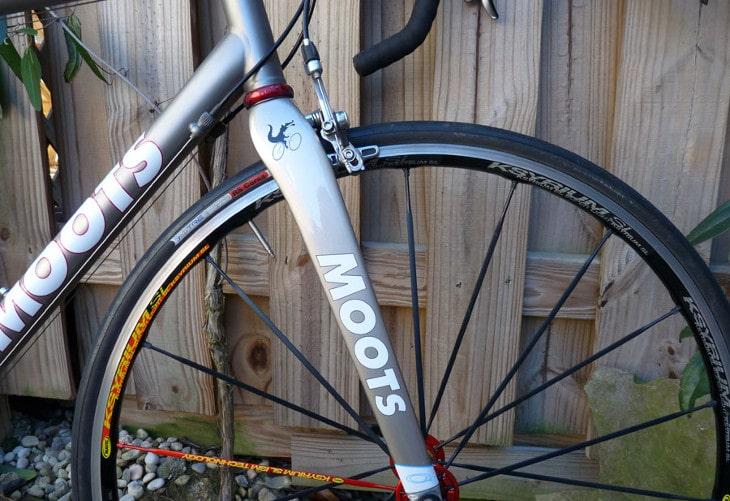Road bike fork