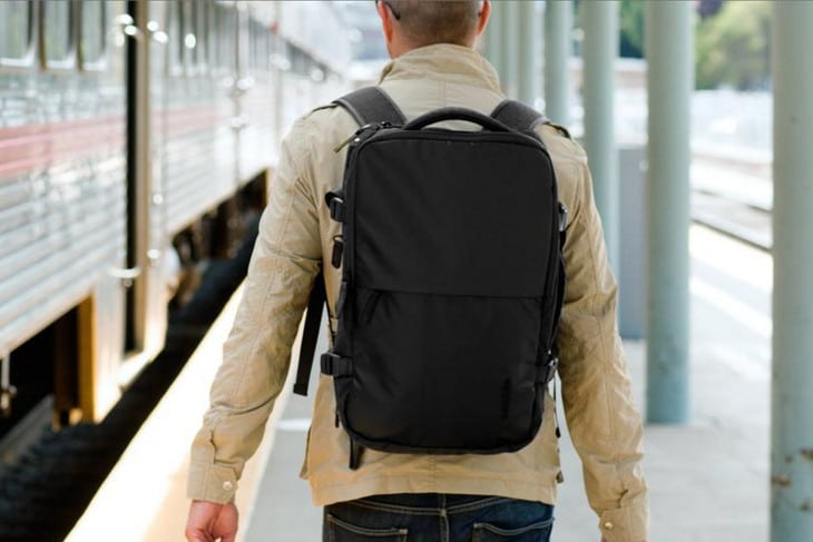 Backpack for air travel