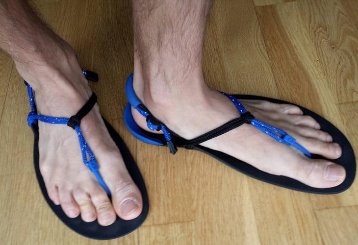 Running sandal shoes