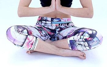 YogaBerries Socal Capri Womens Leggings