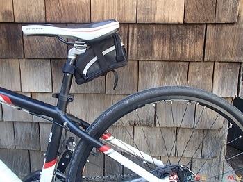 BV BICYCLE STRAP ON SADDLE BAG