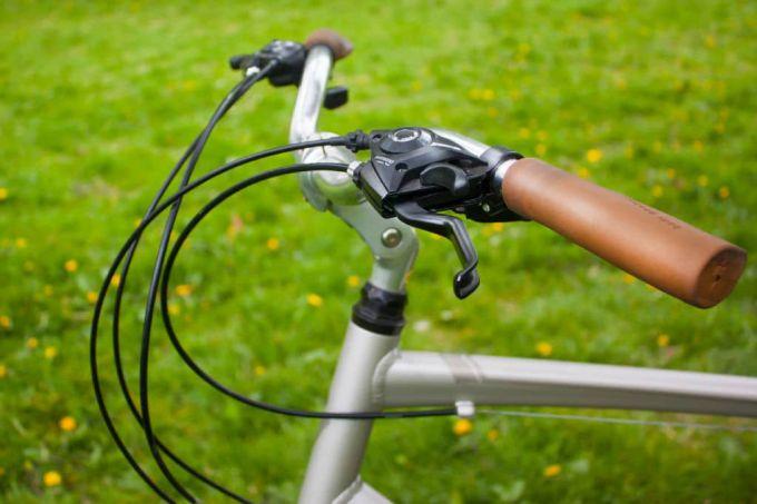 handlebars hybrid bike