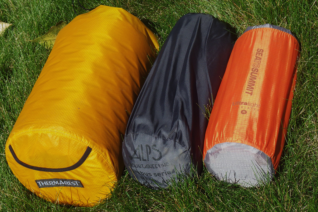 Sleeping pads different weight