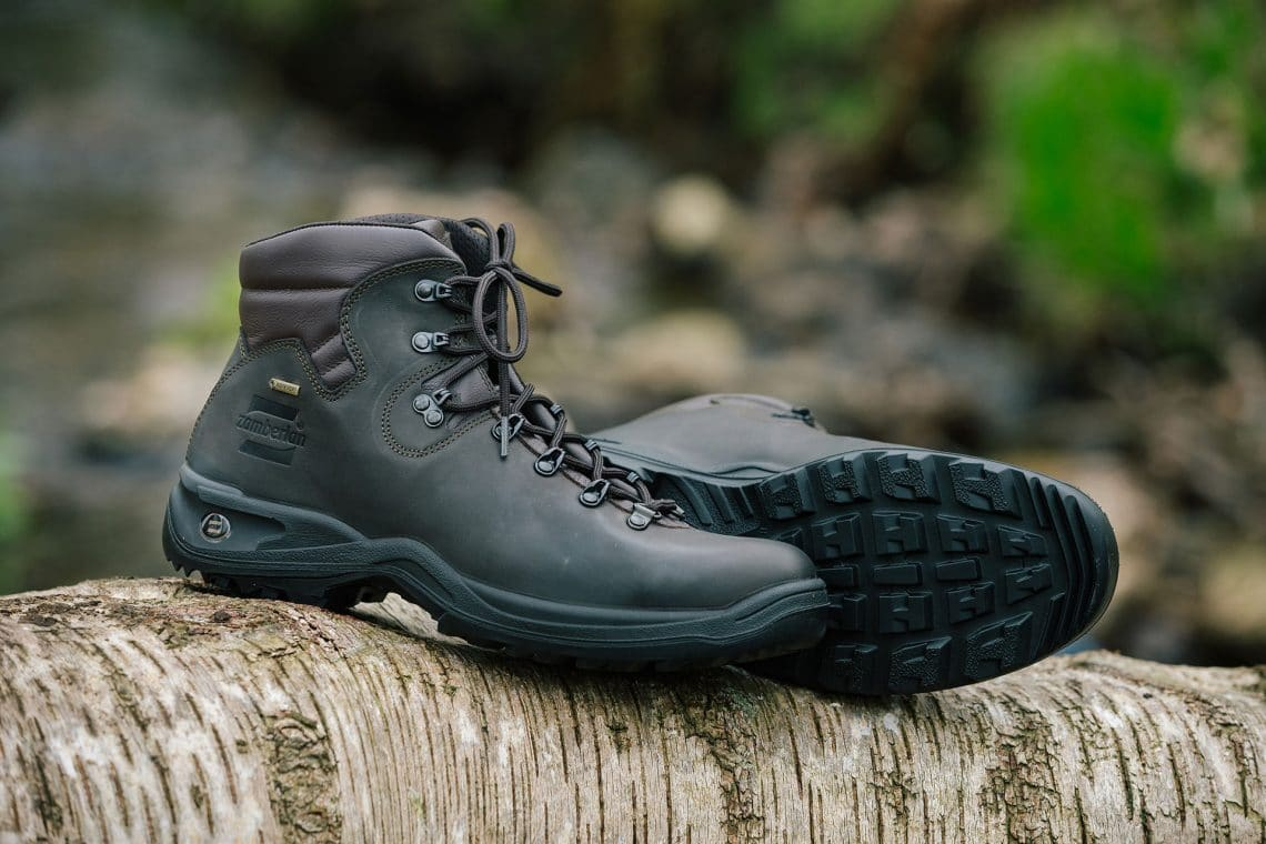 Best Gore Tex Hiking Shoes: Top Buying Guide + Recommendations