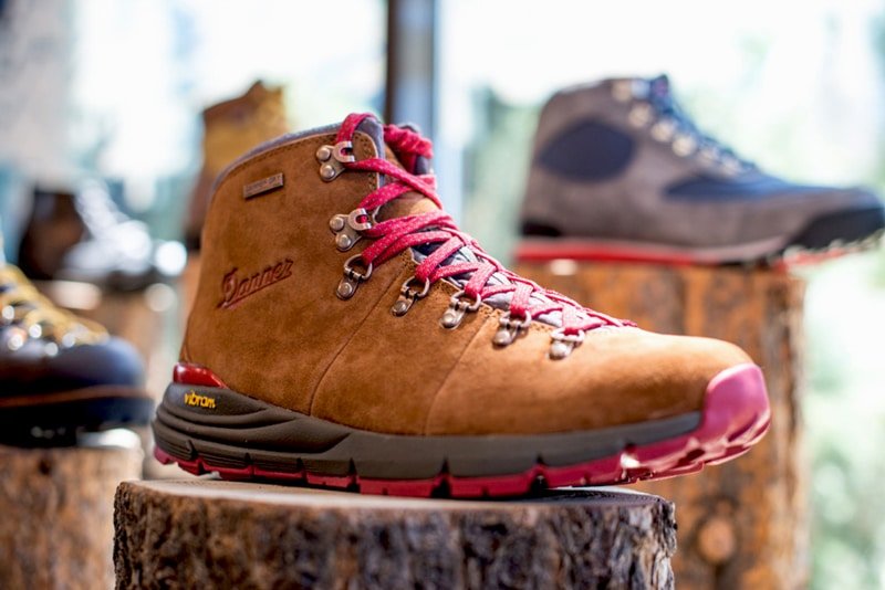 danner hiking shoes