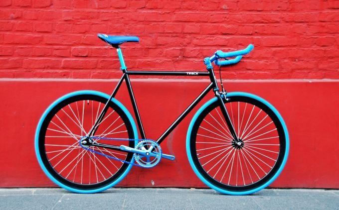 fixed gear single speed bike