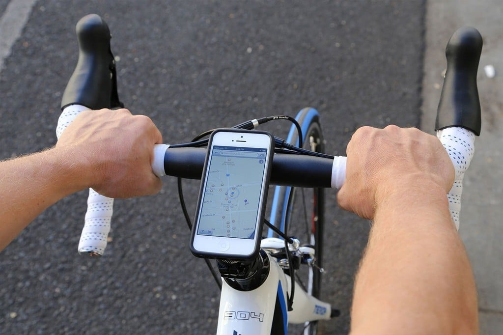 Following GPS on phone while biking