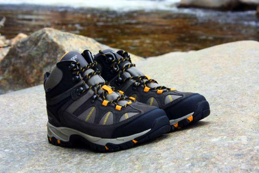 hitec hiking shoes