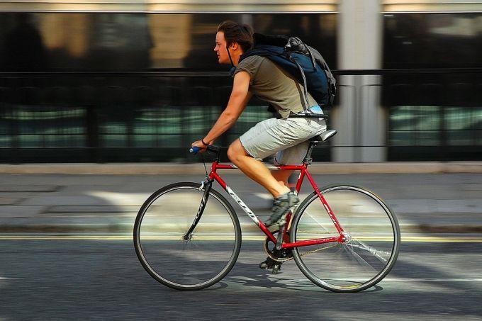 man on single speed bike