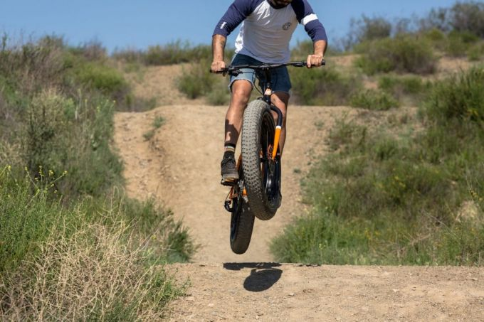 jumping with fat bike
