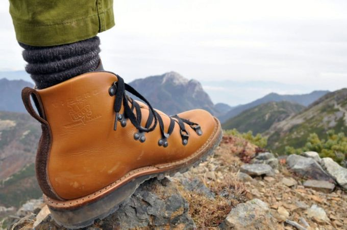 support for hiking shoes
