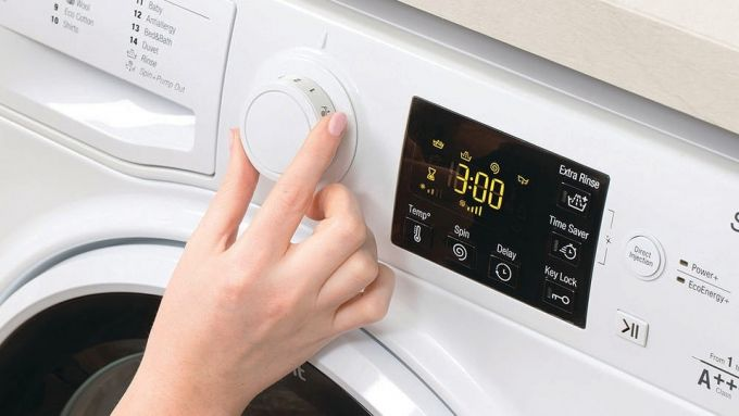 adjusting the temperature on a washing machine
