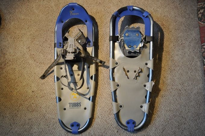 Frames and decking for snowshoes