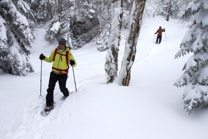 Using snowshoes for hiking