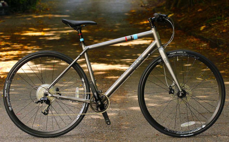 Best Commuter Bike: Top Picks In The Market + Expert's Reviews