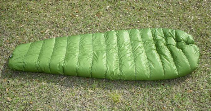 dimensions of western mountaineering sleeping bag