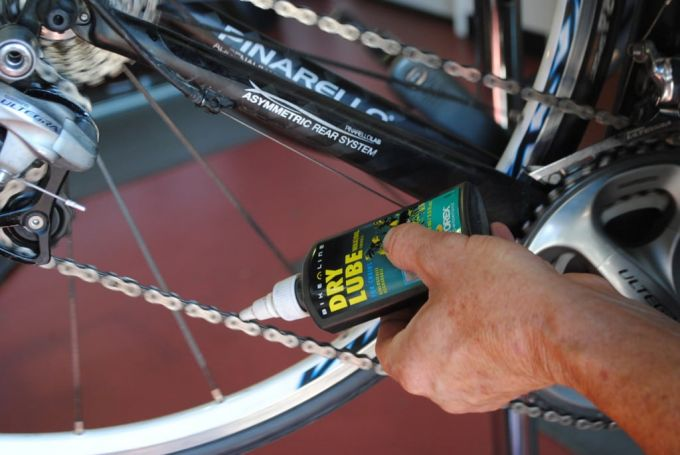 dry lube on bike chain