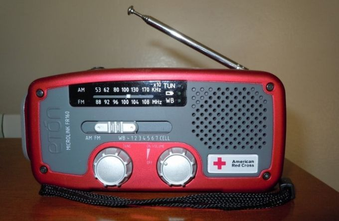 the red cross emergency radio