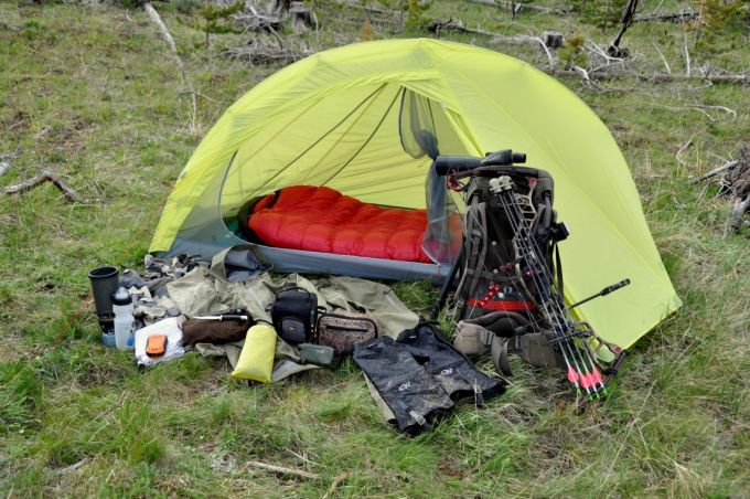 Western Mountaineering Apache comfort