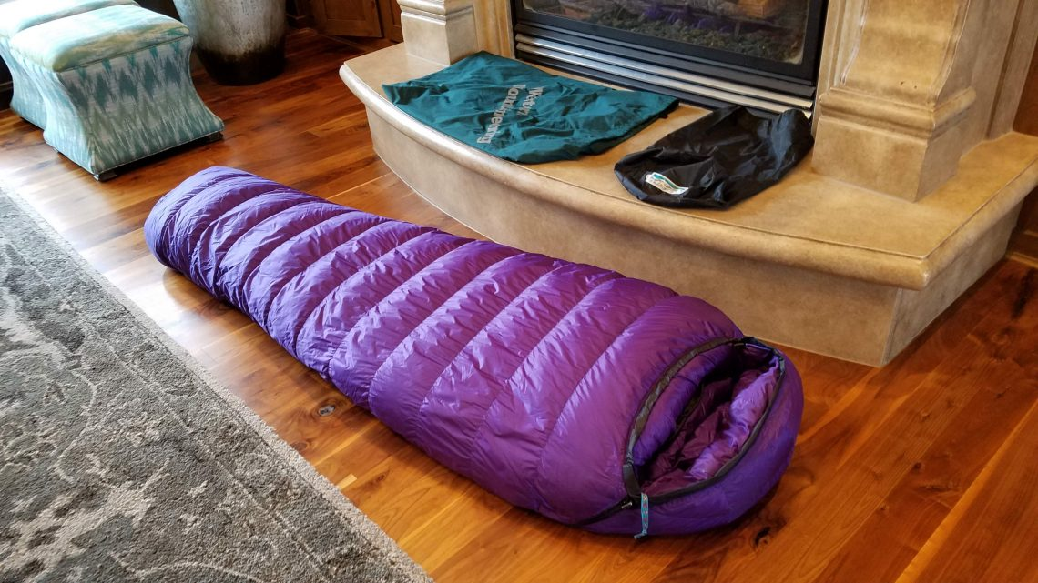 Western Mountaineering Lynx GWS Sleeping Bag: Features ...