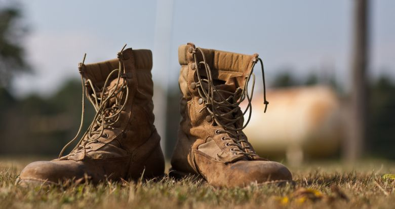 tactical boots featured